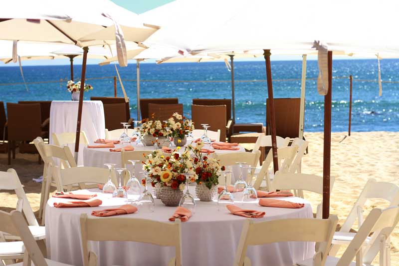 7 Seas Restaurant at Cabo Surf Hotel